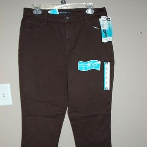 NWT Lee Brown Jeans Relaxed Fit Straight Leg